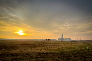 Sonnenuntergang Flughafen Wien